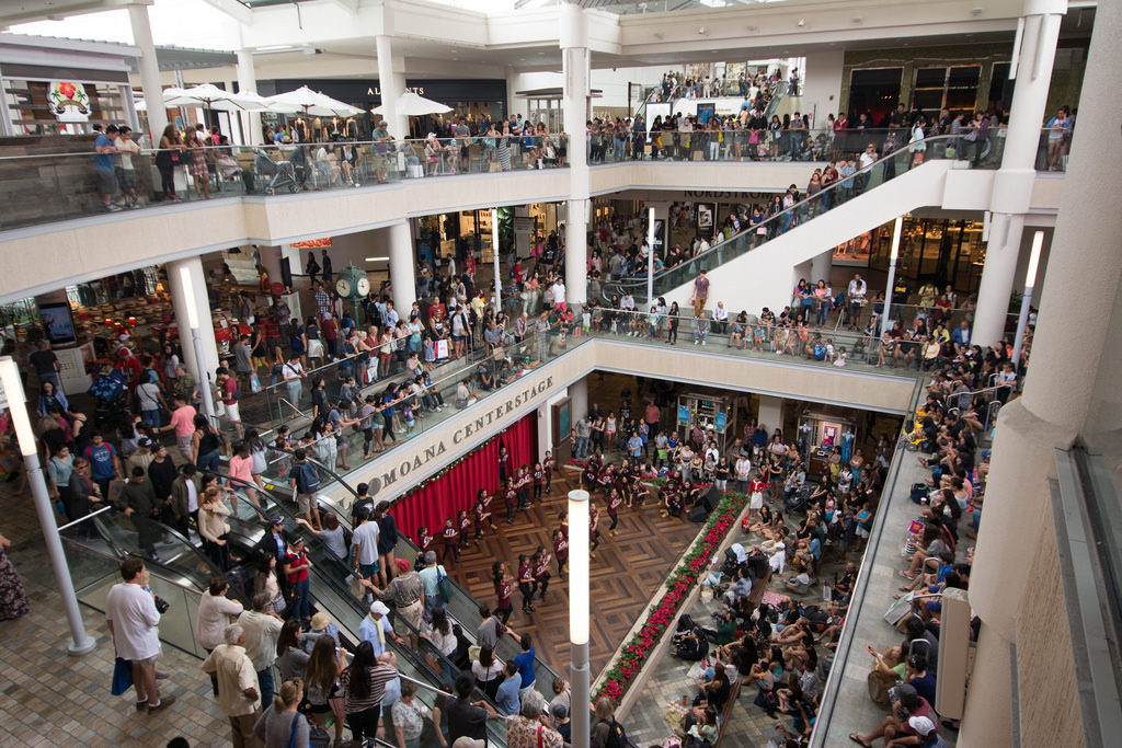 Safety Tips for Black Friday Shopping